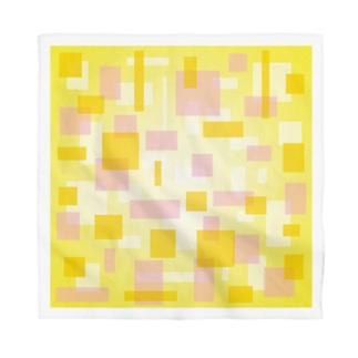 まるちの四角模様黄色バンダナ Bandana