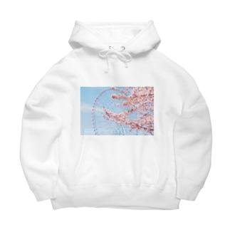 観覧車と桜。 Big Hoodies