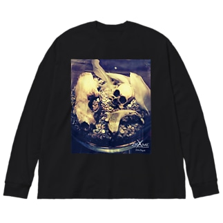 骨のある世界-A Big silhouette long sleeve T-shirts