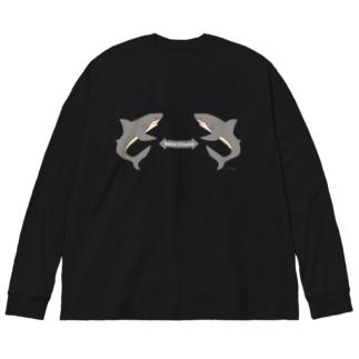 サメさんたちの #ソーシャルディスタンス / さり気なく Big silhouette long sleeve T-shirts