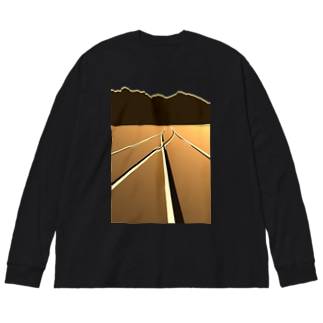 P地点から Big silhouette long sleeve T-shirts