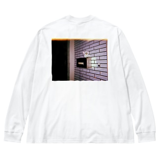 ばあちゃん家の玄関 Big silhouette long sleeve T-shirts