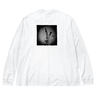 雑草にスポットライト Big silhouette long sleeve T-shirts