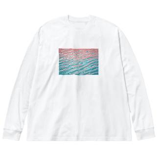 水面の写真 Big silhouette long sleeve T-shirts