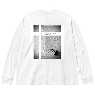 Dr.イエロー46のone second before makes Big silhouette long sleeve T-shirts
