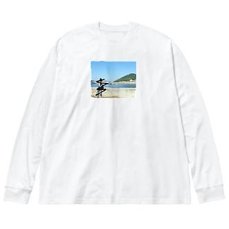 つまんない。 Big silhouette long sleeve T-shirts