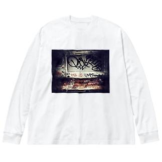 STRT Big silhouette long sleeve T-shirts