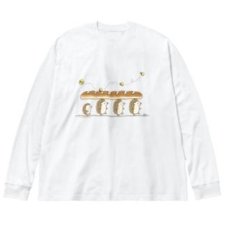 パンを運ぶよ Big silhouette long sleeve T-shirts