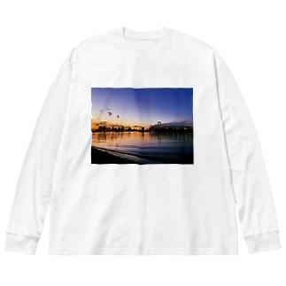 東京の夕方 Big silhouette long sleeve T-shirts