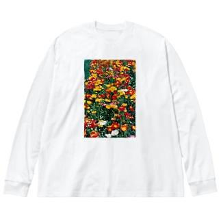 こんな暖かな彩に乗って・・・ Big silhouette long sleeve T-shirts