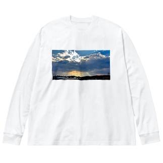 照らす光 Big silhouette long sleeve T-shirts