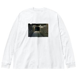 見えない未来ロンt Big silhouette long sleeve T-shirts