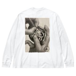七転び八起きダルマさん。 Big silhouette long sleeve T-shirts