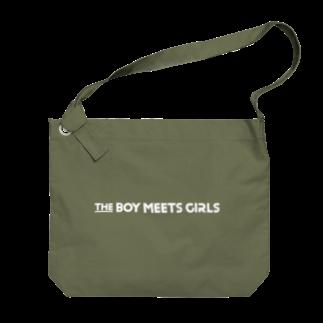 THE BOY MEETS GIRLSのロゴビッグショルダー(白文字) Big shoulder bags