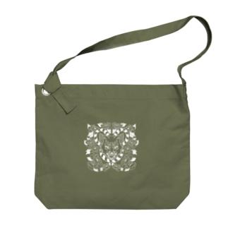 ワンちゃんとお花(白) Big shoulder bags