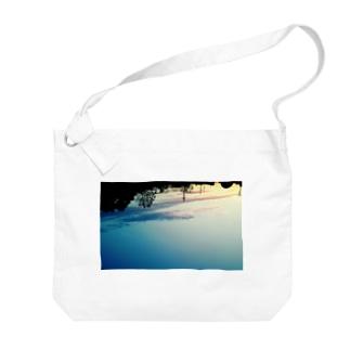 sakasama Big shoulder bags