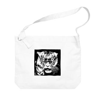 ブルース・リー先生 お気に入りの寅 🐯 Big shoulder bags