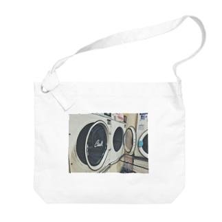 🦈のコインランドリー 02 Big shoulder bags