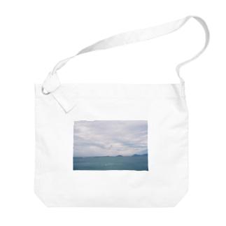 くもりの海でパラシュート Big shoulder bags