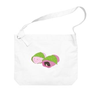 桜餅もちうさぎ Big shoulder bags