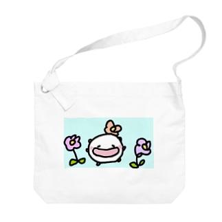 春になって可愛さ倍増なねこです Big shoulder bags