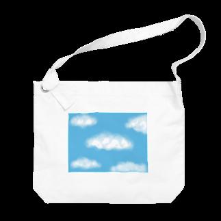 Atomatomの晴れた空と雲 Big shoulder bags