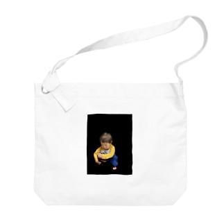 にょにょ おちこみ Big shoulder bags