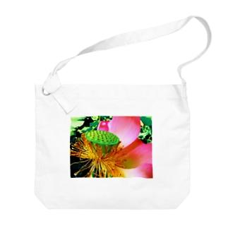 蓮 夏の日差し Big shoulder bags