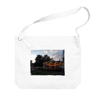 nobのイタリアのメリーゴーランド Big shoulder bags
