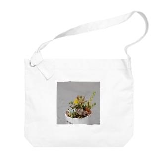 多肉植物 セダムの花 Big shoulder bags