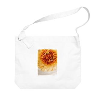 トモの家の餃子 Big shoulder bags