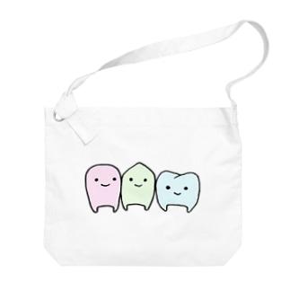 歯トリオ Big shoulder bags