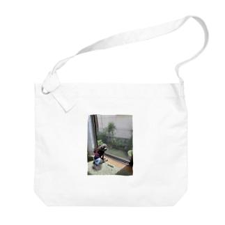 autunnoのモコのひなたぼっこ Big shoulder bags