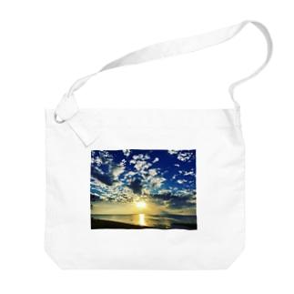 Heaven Big shoulder bags