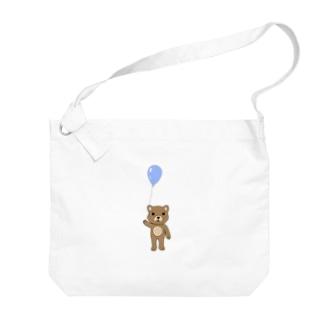 クマ Big shoulder bags
