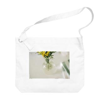 manaho96のミモザ Big shoulder bags