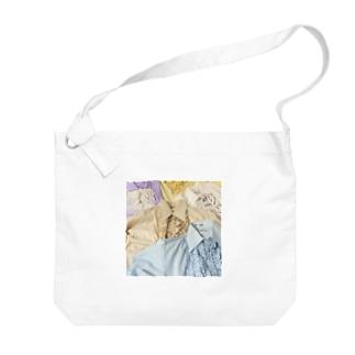 70sfrillblouseprint Big shoulder bags