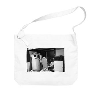 冷蔵庫廃品回収記念品 Big shoulder bags