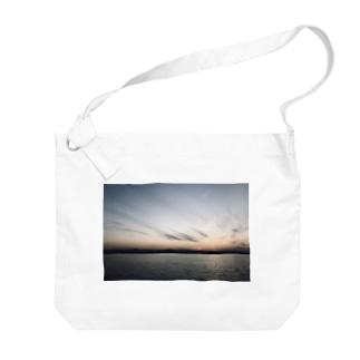 海、夕暮れ Big shoulder bags