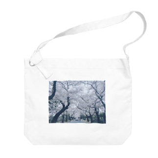 coco70のby my side photo-print bag by coco70 Big shoulder bags