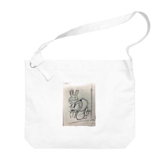 便所飯を強いられるウサ Big shoulder bags