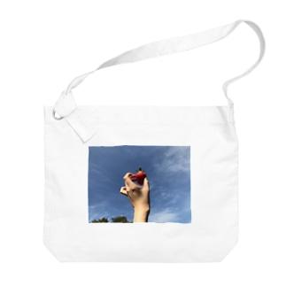 いちごの空 Big shoulder bags