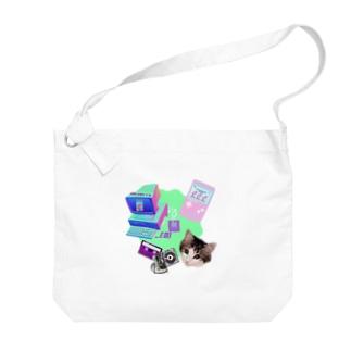 momo_emi 電化製品 Big shoulder bags