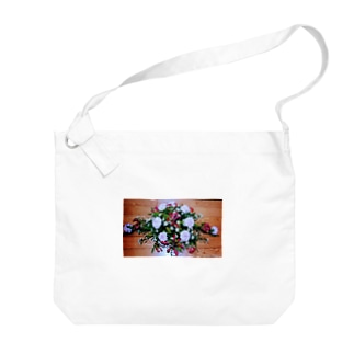 ソフィフラワー Big shoulder bags