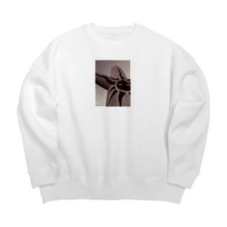 B面 Big silhouette sweats