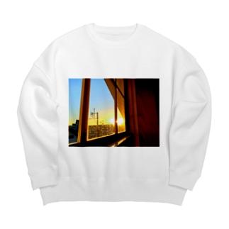 窓の向こう Big Crew Neck Sweatshirt