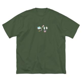 今から作るブリ大根 Big silhouette T-shirts