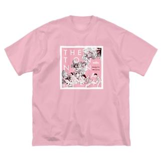 桃の花の下で Big silhouette T-shirts