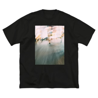 Drifting in the City Big silhouette T-shirts
