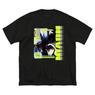 ムービング吉岡 Big silhouette T-shirts